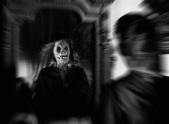 Espejo-Macabro